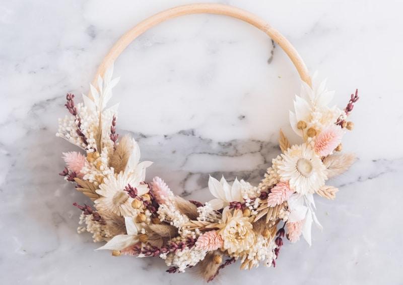 idee evjf atelier couronne de fleurs