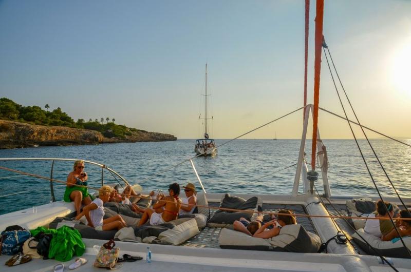 idee evjf croisiere en catamaran