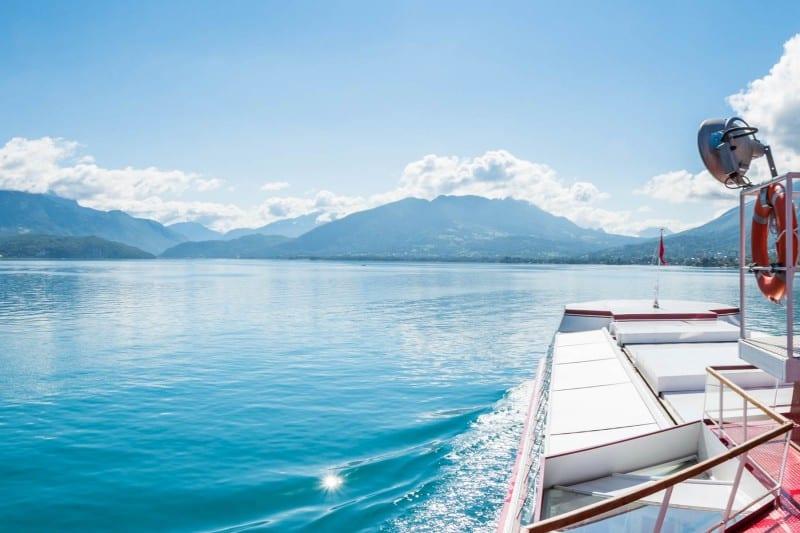 idee evjf dejeuner sur un bateau annecy