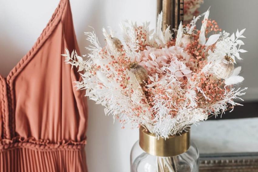 atelier diy creation de bouquet de fleurs sechees pour un evjf