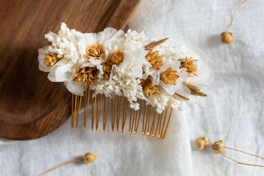 jolie peigne fleuri fait a la main