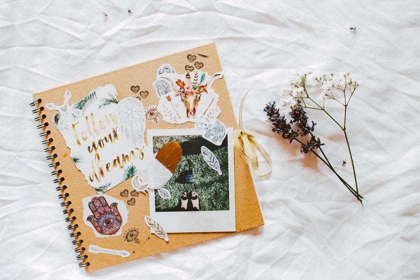 album photo personnalise fleurs sechees