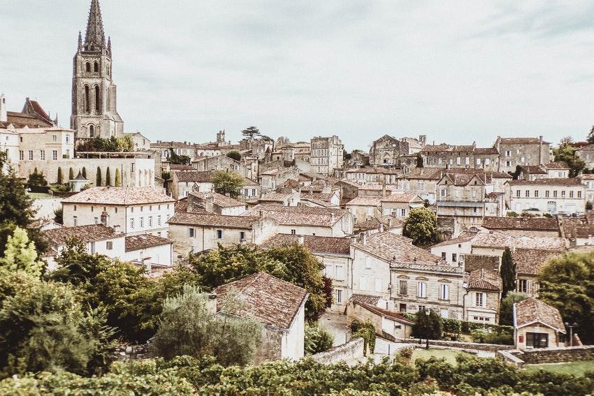 ville de bordeaux et sa cathedrale