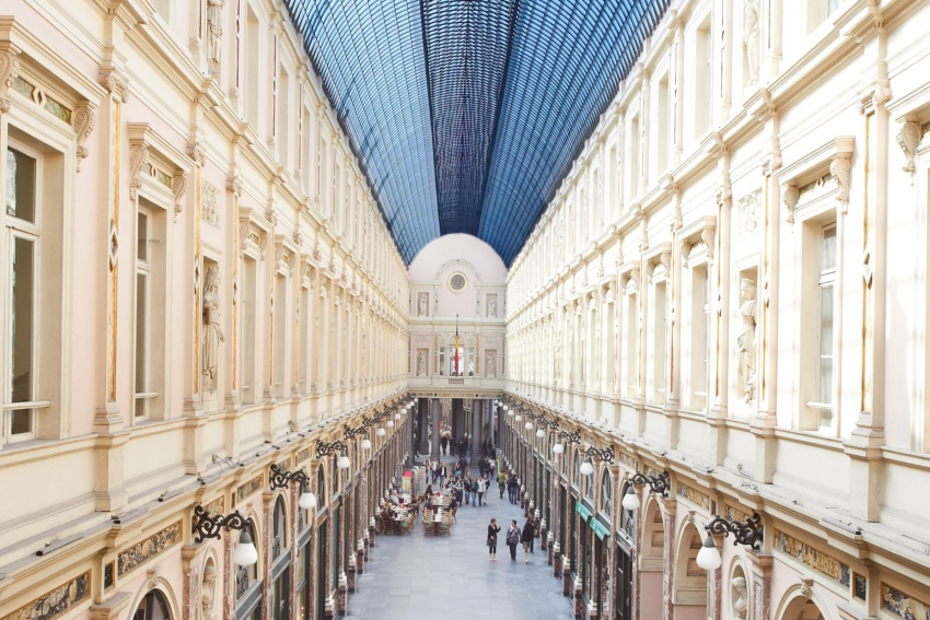 interieur galeries royales de saint hubert a bruxelles
